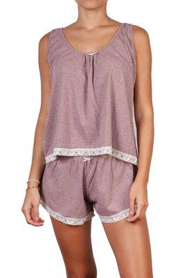 Pijama de algodón. Dos piezas: polo bividí y short con blondas.