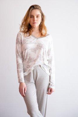 Pijama de algodón.  2 piezas pantalón y polo manga larga blondas IVORY HEATHER.