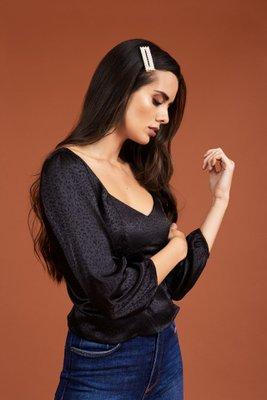 Blusa en Seda texturada.