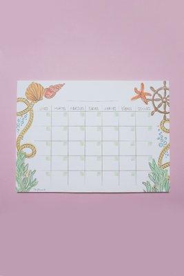 Planner mensual rellenable, perfecto para visualizar de manera completa tus planes y compromisos del mes, con una temática marina super veraniega.  Medida: A4