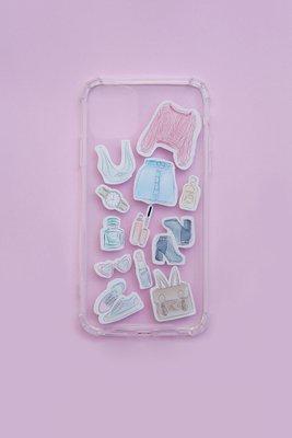 Case de celular para Iphone 7 y 8, diseñado para decorar y proteger tu celular con una temática super femenina y fashion
