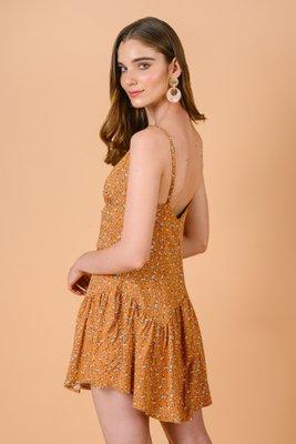 Vestido estampado miniprint, con tiras regulables y cierre en la espalda.