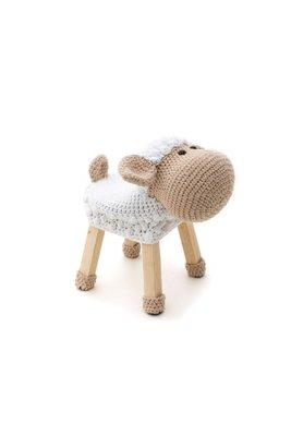 Banquianimalito en forma de animalito. tejidos delicadamente con mucho carino por manos peruanas. lista para ser apapachada, resistir el salta salta y muchos abrazos. facil de lavar como cualquier prenda delicada.