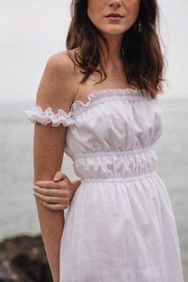 Vestido corto off shoulder