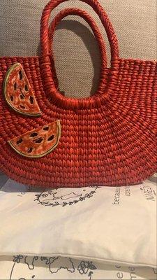 canastas rojas con sandias de ceramica