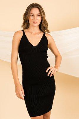 Vestido tejido  Se adapta al cuerpo  Hilo de tacto algodon  Contorno de busto: hasta 98 cm  Largo: 103 cm