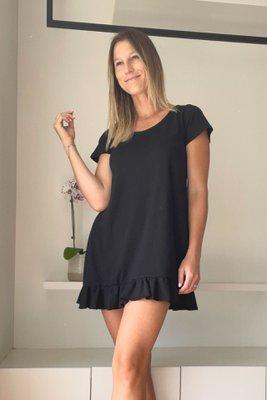 Este vestido es versátil y puede ser utilizado como pijama o loungewear. El material es 100 % algodón prima. Suave y cómodo.