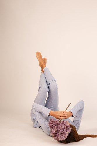 2 piezas, polo manga larga y pantalón con blondas, algodón viscosa