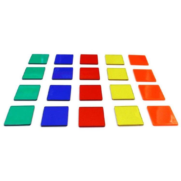 DE 3AÑOS A MÁS  Es un material didácticoque ayuda a los niños en el aprendizaje de colores, conjuntos y sumas. Además al tener fichas transparentes permite que puedan aprender sobre opacidad y otros fenómenos de la luz.  • 20fichas  • 01 instructivo