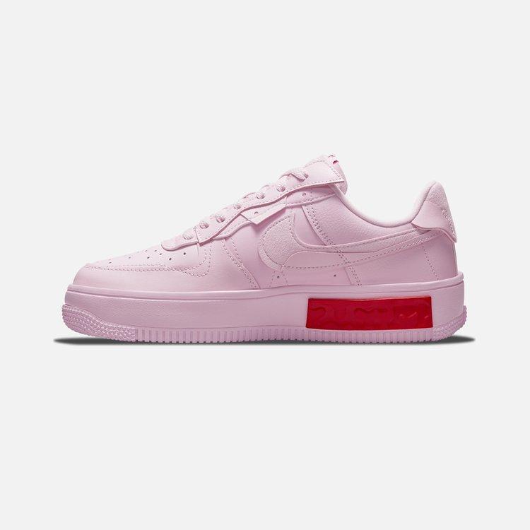 Estado:DISPONIBLE EN STOCKModelo:Nike Air Force 1 FontankaColor: PinkCondicion:NuevoEnvios:A todo el PerúProducto:100% Original(Autentificado)  ACEPTAMOS TODAS LAS TARJETAS:    ENVIO:2 a 3 días hábiles SEGURO:Compras seguras en estesitio webCONSULTAS:Whatsapp: 922700102