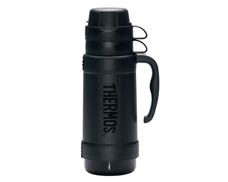 Características:  Exterior de plástico libre de BPA Ampolla de vidrio Mantiene caliente por 8 horas Mantiene frío por 24horas Incluye 2 tazas para servir líquidos ( 1L y 1.8L) No necesita abrir la tapa para servir No retiene olores