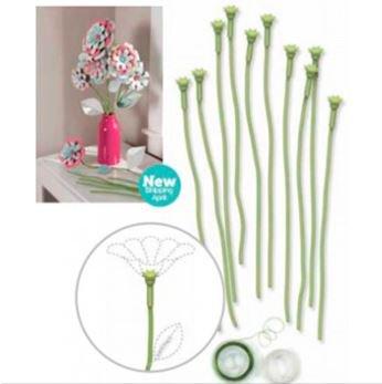 Crea un hermoso ramo de flores de papel, con tu Tablero de Perforación de Flores añadiendo éste sencillo kit de tallos flexibles.