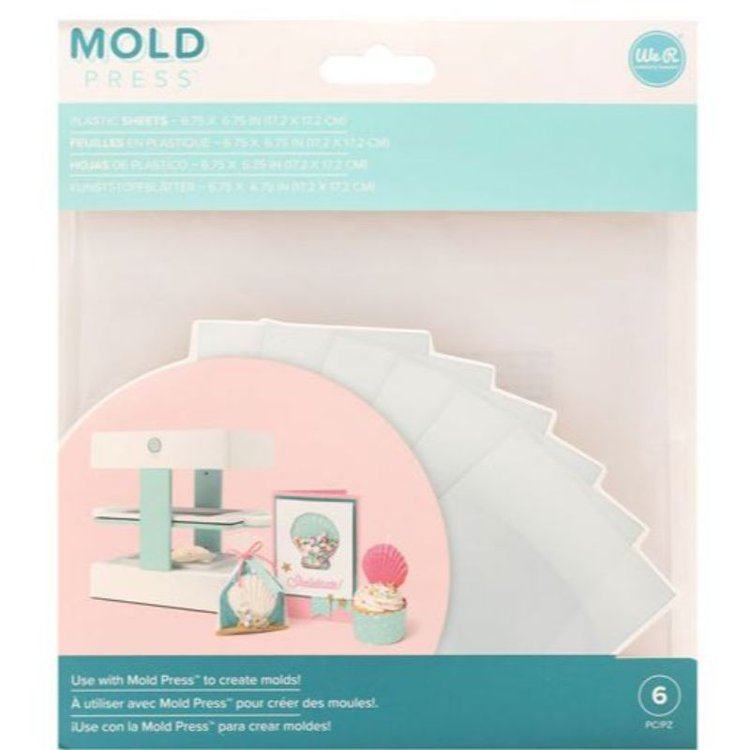 Mold Press Plastic Sheets x 6  Laminas de plásticopara usar con la máquina Mold press de We R Memory Keepers, y crea moldesdivertidos! En el paquete se incluyen 6 láminas de plástico transparente que forman parte de la colección Mold Press.  17.2 x 17.2 cm  Equipo Scrapyart