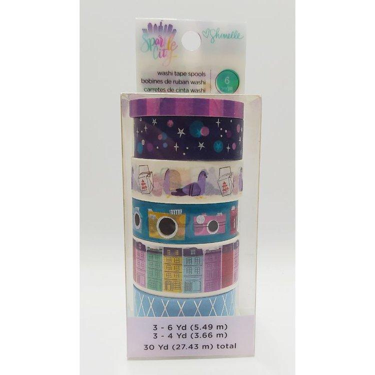 Esta cinta es perfecta para usar en cualquiera de tus proyectos de papel. Este paquete de 5 x 14 cm contiene seis rollos de cinta washi (30 yardas en total).