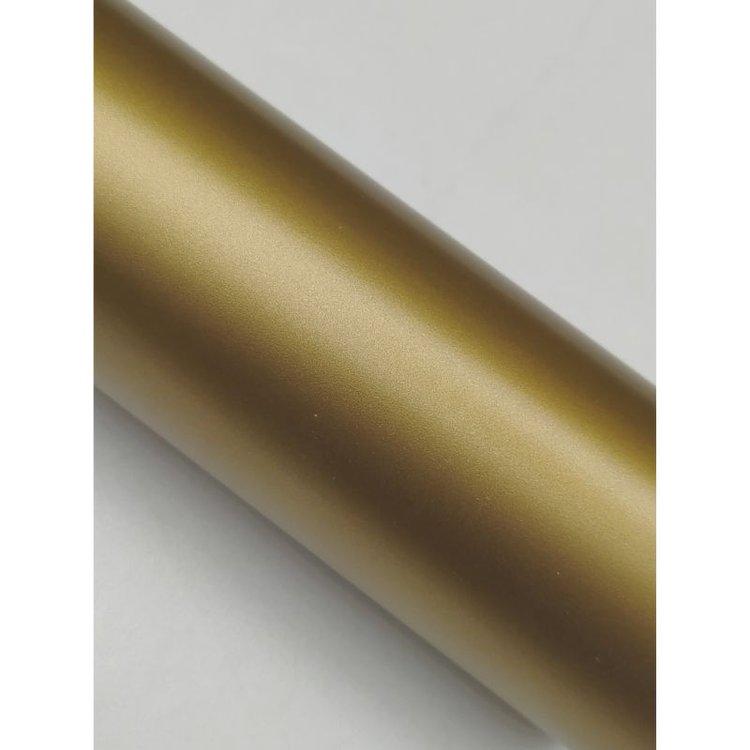 """Vinil Adhesivo Decorativo """"Dorado Mate""""  Vinil adhesivo transferible. Crea hermosos diseños con tu maquina de corte Scan&Cut de Brother, entre otras y transforma cualquier superficie en algo mágico y decorativo.  Tamaño: 30.5cm x 3metros  Equipo Scrapyart"""