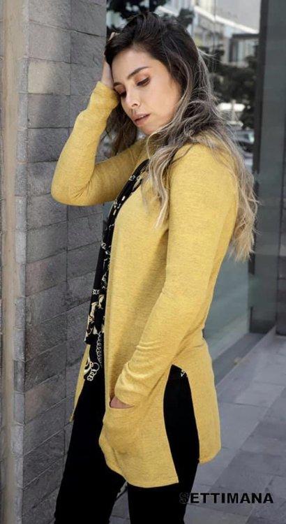 Disponible en tallaS - M - L  Material :Tela Angora, es muy similar a una prenda tejida en lana delgada, de textura suave.