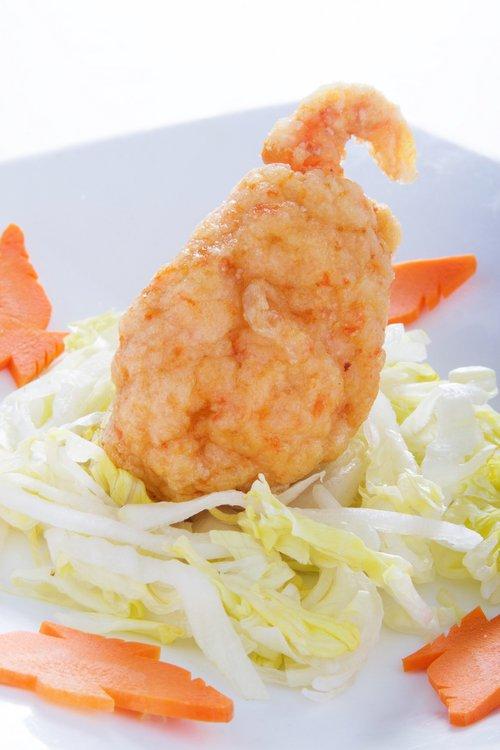 Pinza de cangrejo rebozada. Exquisitez del mar con el crujiente perfecto.