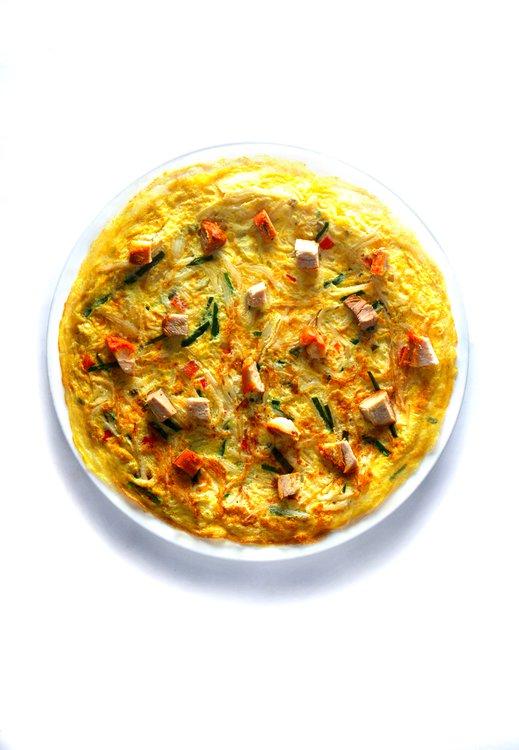 Tortilla de chancho asado con verduras